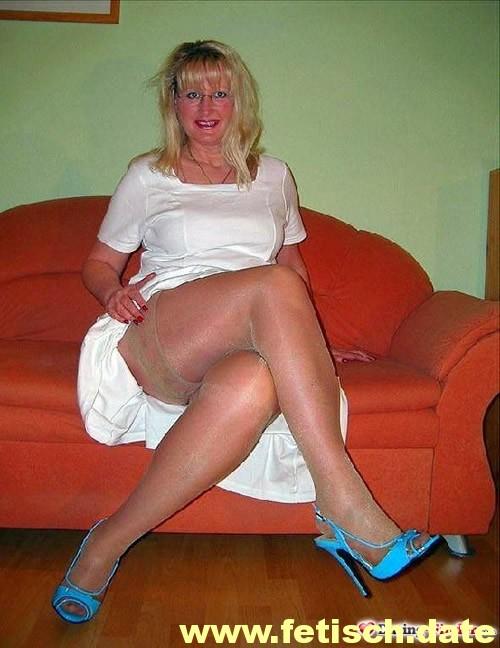 Freizeithure aus Flensburg Taschengeldsex blonde Haare MILF Hoobyhure