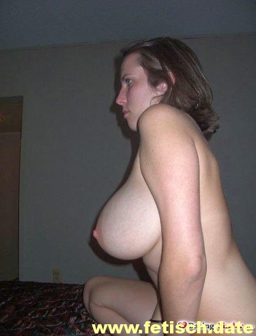 braune Haare, Single, große Brüste, Mollig, Hofheim, Onenightstand