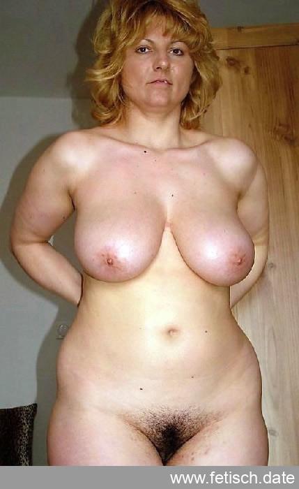 devot, blond, titten, sklavin, behaart, nippel, unterwerfung, sexkontakt