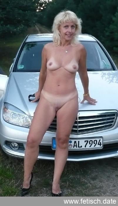 parkplatzsex, sexkontakte, milf, nackt, rasiert