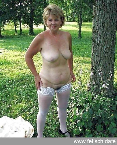 granny, dessous, unrasiert, nackt